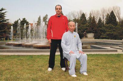 Miguel Martín con Zhang Guangde, en Beijing.